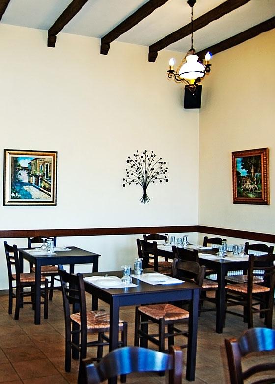 09. Εστιατόριο Αναγέννησις Νάξος | Ζεστός & Φιλόξενος Χώρος